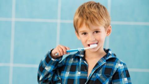 Come scegliere il dentifricio giusto per il mio bambino?