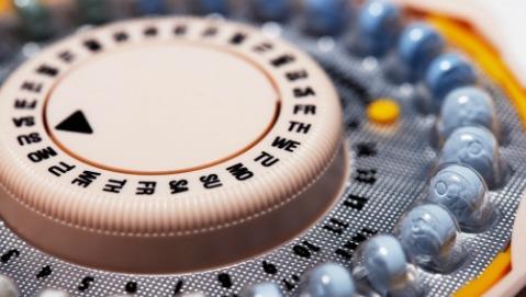 Mamme-ragazzine: la prevenzione inizia dall'informazione e dal contraccettivo