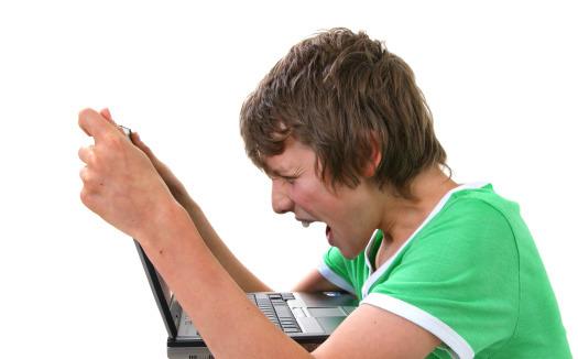 Cyberbullismo: l'aiuto viene dal web
