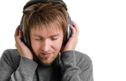 Orecchio bionico e Mozart per riacquistare l'udito