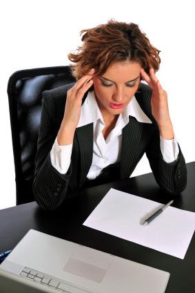 Cefalea e cervicale: il dolore si batte anche stando seduti in ufficio