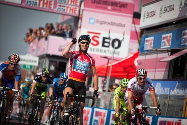 la medicina al giro d'Italia Allergie da pollini: una vera insidia per i ciclisti del Giro e non solo