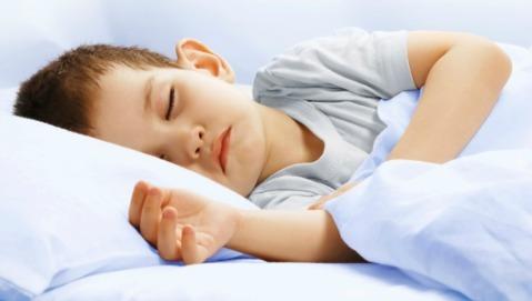 Il sonno aiuta i bambini a non ingrassare