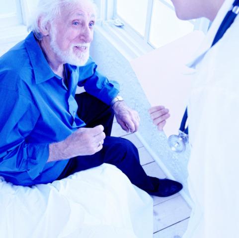 Povero l'anziano quando diventa un paziente